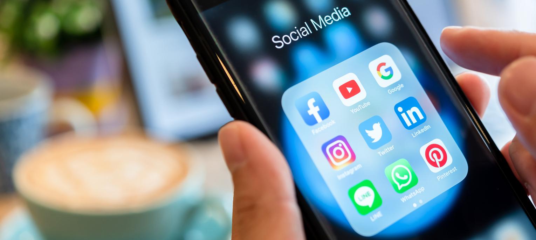 Social media customer service tips